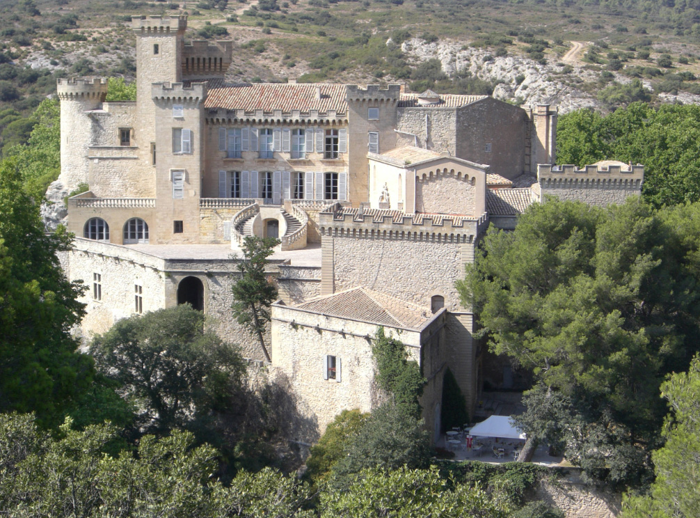 The castle of La Barben and its Mistral Rock, inspired by the Puy du Fou - La Barben – Bouches-du-Rhône -