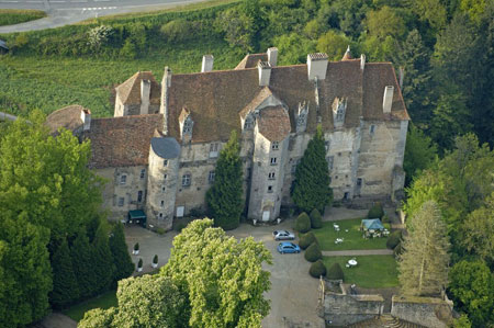 Le ch teau de boussac grand brigand du moyen age perch sur la hauteur boussac creuse - Office du tourisme la souterraine ...